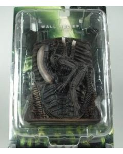 Alien 3D Wall Relief  ''Bowing''